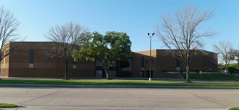Elsik High School