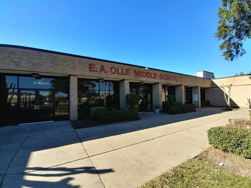 E. A. Olle Middle School building